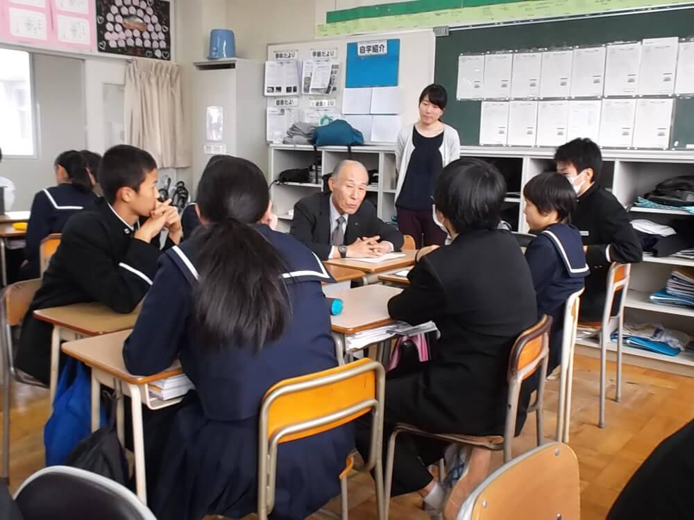 芦城中学校でのケース研究会の様子
